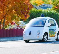 自驾车开始在加利福尼亚州的一些道路上进行测试