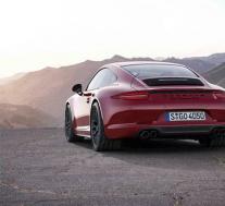 2020款保时捷911 Cabriolet采用独家Manufaktur选项
