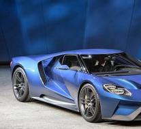 福特GT试图在2.7英里轨道上运行最高速度