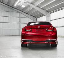 下一代Acura TLX在重型伪装中进行了测试