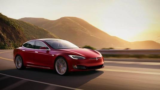 汽车动态:评测:特斯拉Model 3怎么样及奥迪Q8怎么样