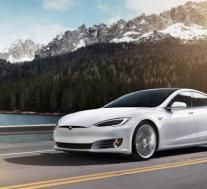 特斯拉将增强型自动驾驶仪更新发送到1000个新的Model S和Model X单元