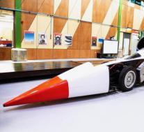 1000英里/小时的陆地速度记录重新开始 本月开始进行测试