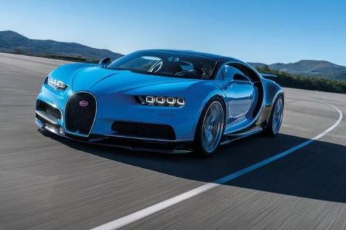 汽车头条: 车主将布加迪·凯龙推至最高速度