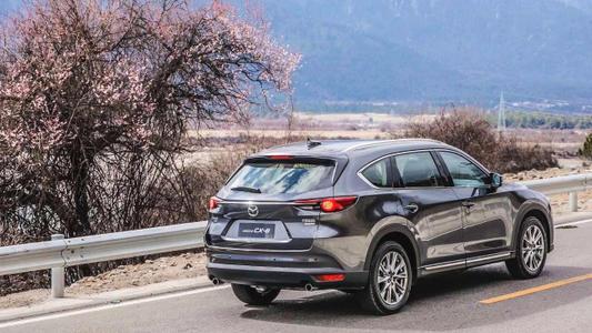 汽车动态:评测:2020款马自达CX-4怎么样及2020款现代ix25怎么样