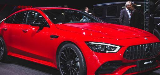 汽车头条:梅赛德斯-奔驰AMG GT 4门轿跑起价121,350英镑