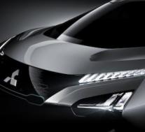 新的三菱 e-Evolution零排放跨界车概念将虚拟集会