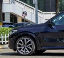 评测宝马X5 xDrive40i怎么样及比亚迪唐EV600现在多少钱