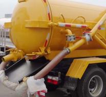 评测福田欧马可8方压缩式垃圾车怎么样及东风多利卡D7吸污车