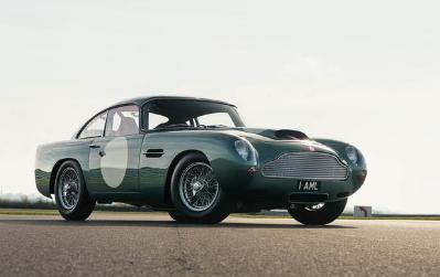汽车新闻:阿斯顿·马丁DB4 GT 驾驶价值150万英镑的经典赛车