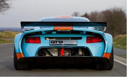 汽车头条:TechArt为911 CS添加了更多的功能涡轮模型