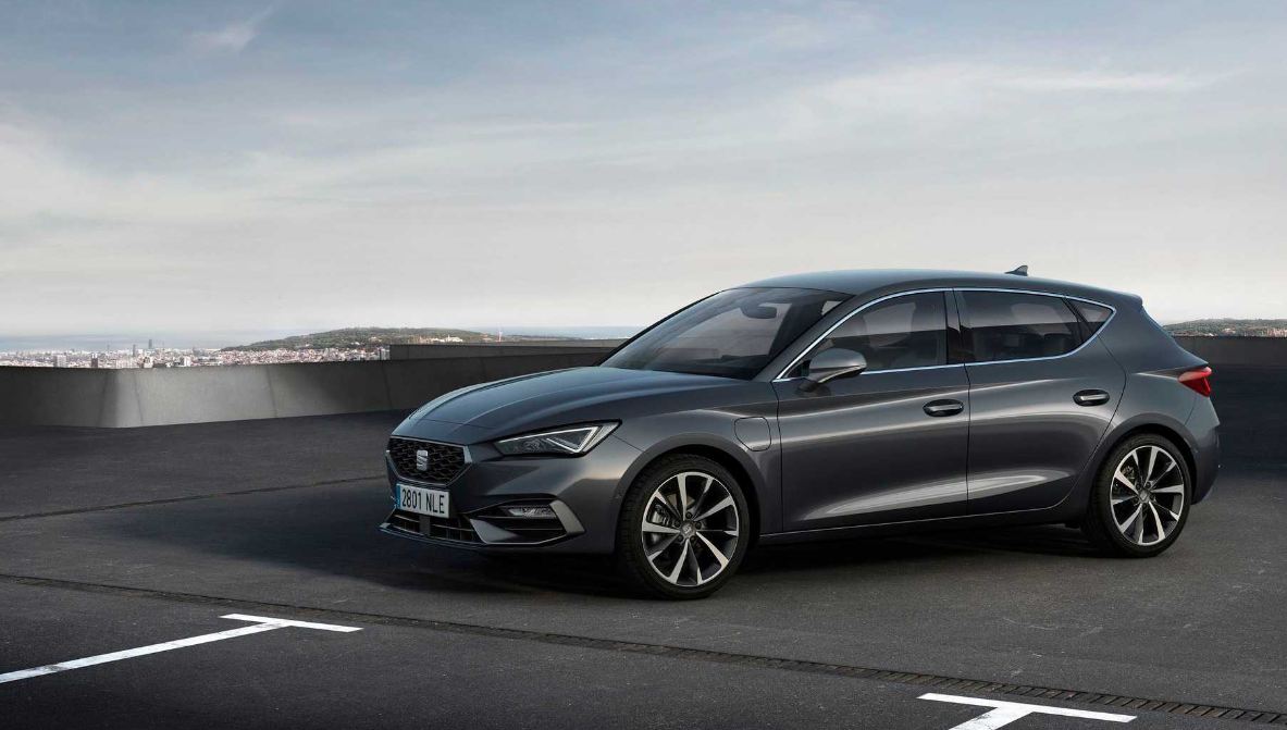 汽车今日看点SEAT推出全新的Leon:包括PHEV版本