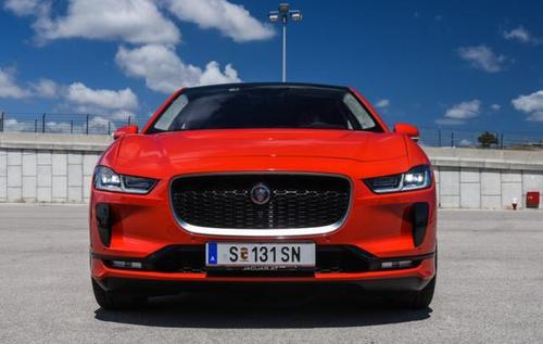 捷豹为其新款I-Pace电动SUV宣布了一项新的豪华基准五年保修