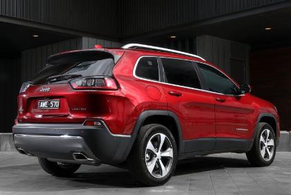 汽车动态:更新的中型吉普切诺基SUV可能增加涡轮增压柴油
