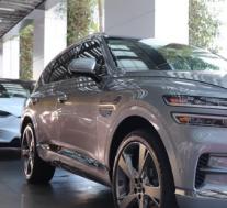 全新的2021年Genesis GV80豪华SUV对韩国豪华品牌来说意义重大