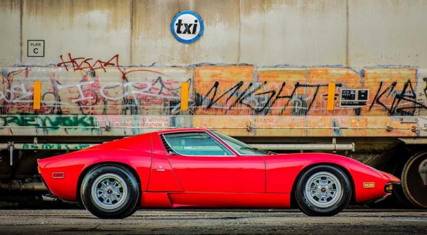 罕见的1971年兰宝基尼Miura SV售价139万美元