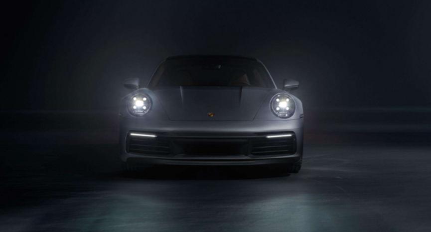 保时捷在发布之前以广告方式展示了新款992 911 GT3