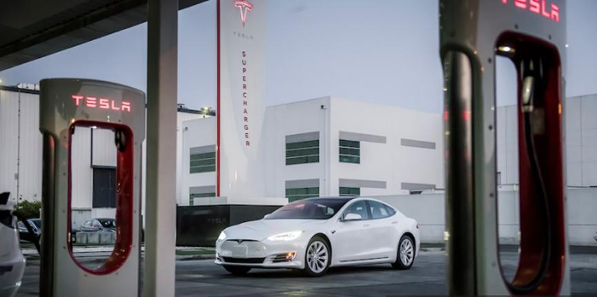 汽车动态:特斯拉Model S获得续航里程和性能方面的重大更新