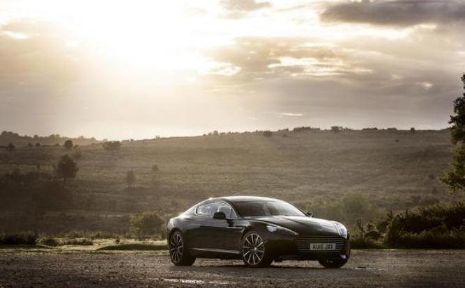 汽车动态:阿斯顿马丁揭示其首款全电动超级跑车的诱人瞥见和细节