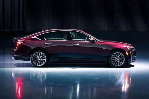 凯迪拉克CT5轿车在中国评论看起来比CTS更高档