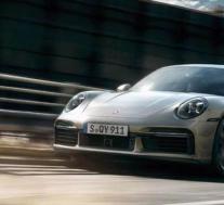 你可以拿出你的新保时捷911 Turbo S