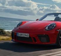 保时捷911 Speedster出现在交通中看上去令人着迷