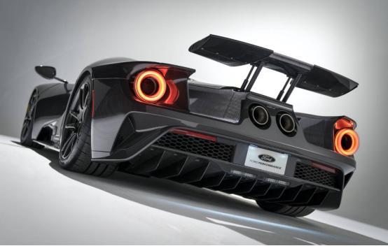 福特GT液态碳为增压超级跑车提供应有的设计