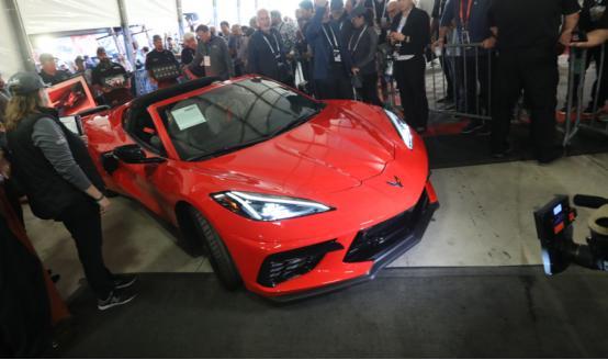 2020 Corvette VIN 0001为慈善事业筹集了300万美元