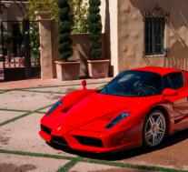 2003法拉利·恩佐(Ferrari Enzo)刷新在线拍卖的世界纪录