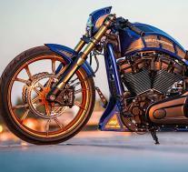 哈雷·戴维森·穆杰罗(Harley-Davidson Mugello)不擅长赛车,在赛道上看起来很棒
