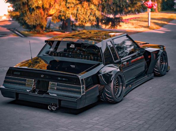 现代化的别克大国民汽车看起来像凯迪拉克ELR