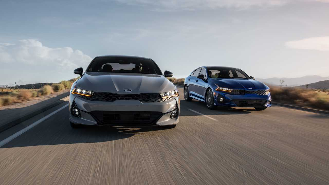 前浪汽车:2021年起亚K5燃油经济性:组合时最高可达到32 MPG,AWD为29