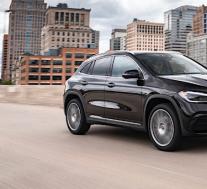 2021 Mercedes-Benz GLA价格起价$ 36,230,有两个版本