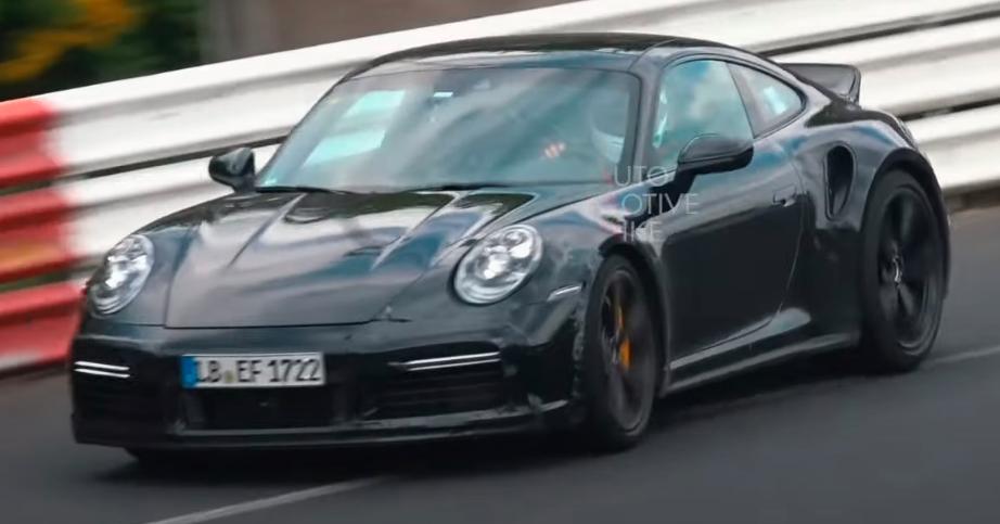 汽车资讯:保时捷用鸭尾翼测试神秘的911 Turbo S