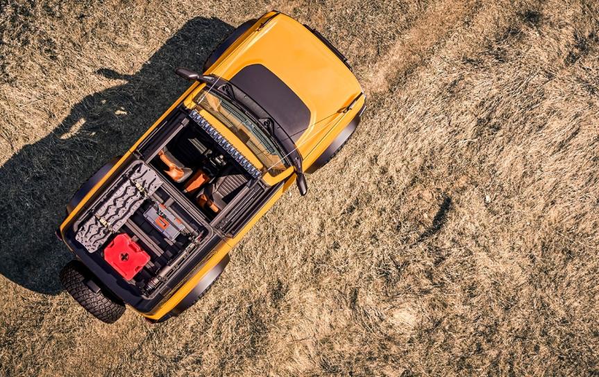 2021福特 Bronco Rocks手动变速器,37英寸BFG轮胎