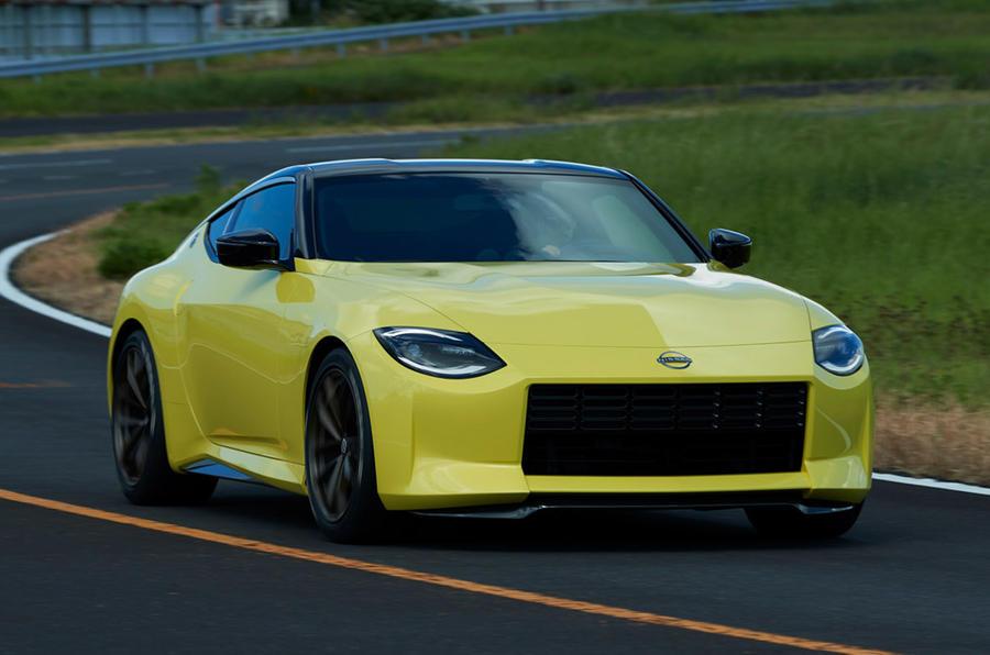 日产Z Proto预览复古风格的V6跑车