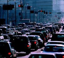 美国众议院议员寻求重新审议被推迟的美国汽车安全规定