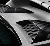 TechArt发布了许多用于保时捷911的碳纤维零件
