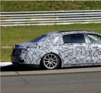 梅赛德斯-奔驰与超长S级轿车使迈巴赫迈上了一个新台阶