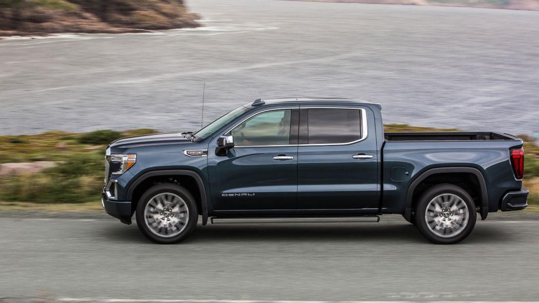 2021 GMC Sierra 1500评测 ,更多牵引同一辆卡车