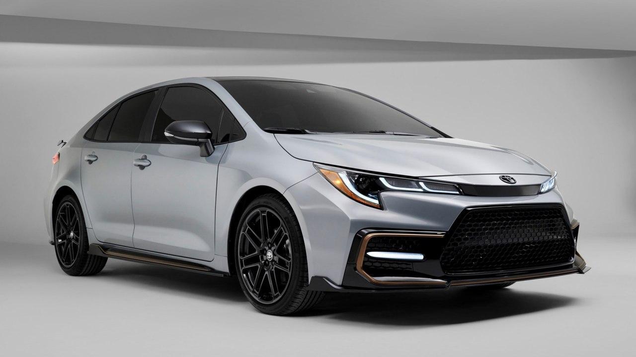丰田刷新凯美瑞,给予阿瓦隆四轮驱动,Apeexes花冠为2021年