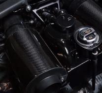 这是世界上第一台超级跑车,由兰博基尼驱动的1,110 hp Engler FF