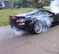 观看Corvette Z06只需10秒即可完成离合器
