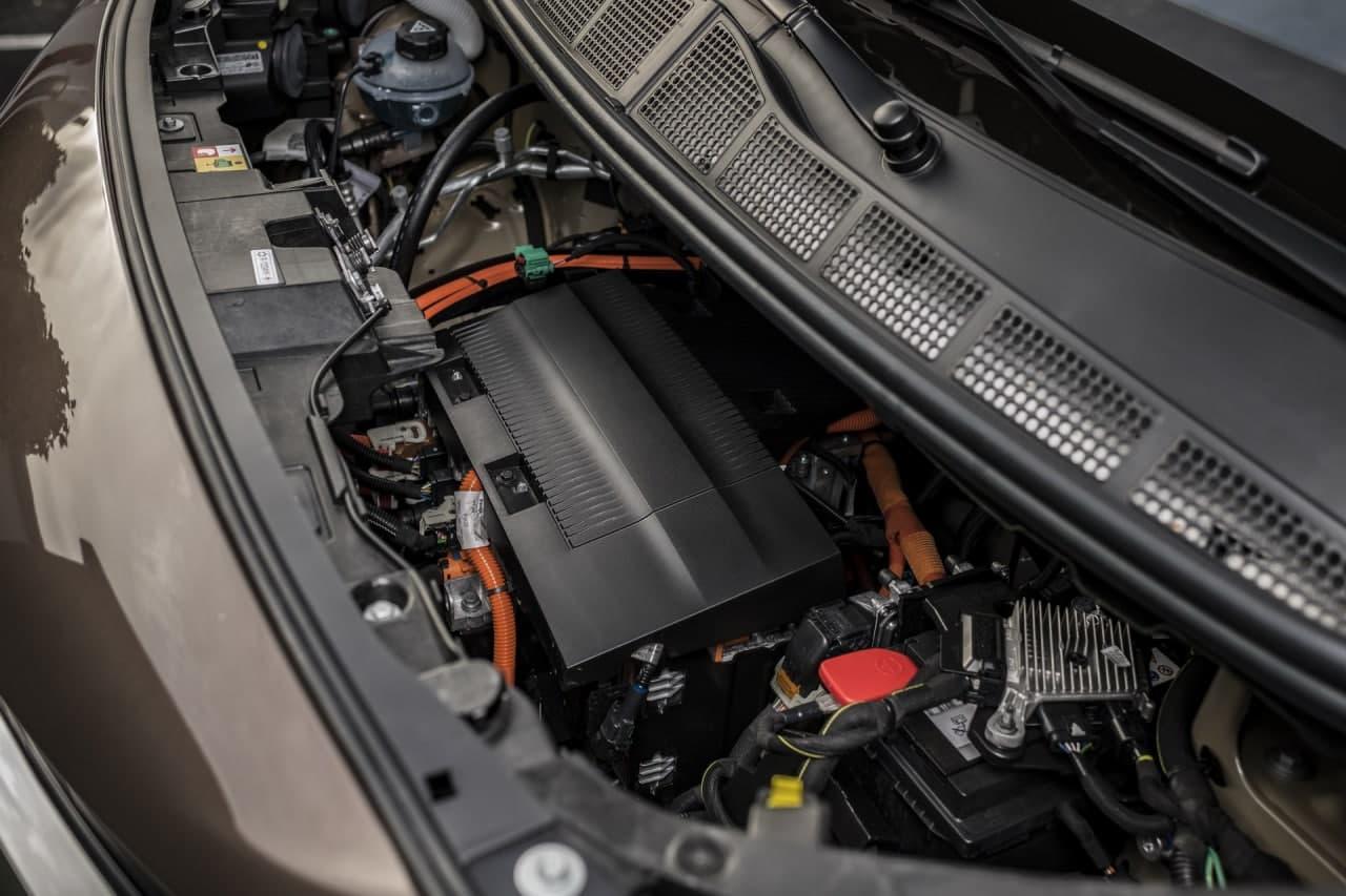 2021年丰田Proace Verso凭借330Km / 205Mi射程加入电竞人群