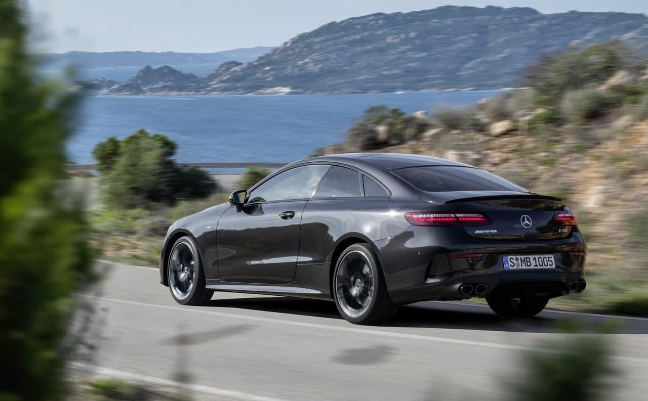2021年梅赛德斯-奔驰E级被评为MotorTrend年度汽车+