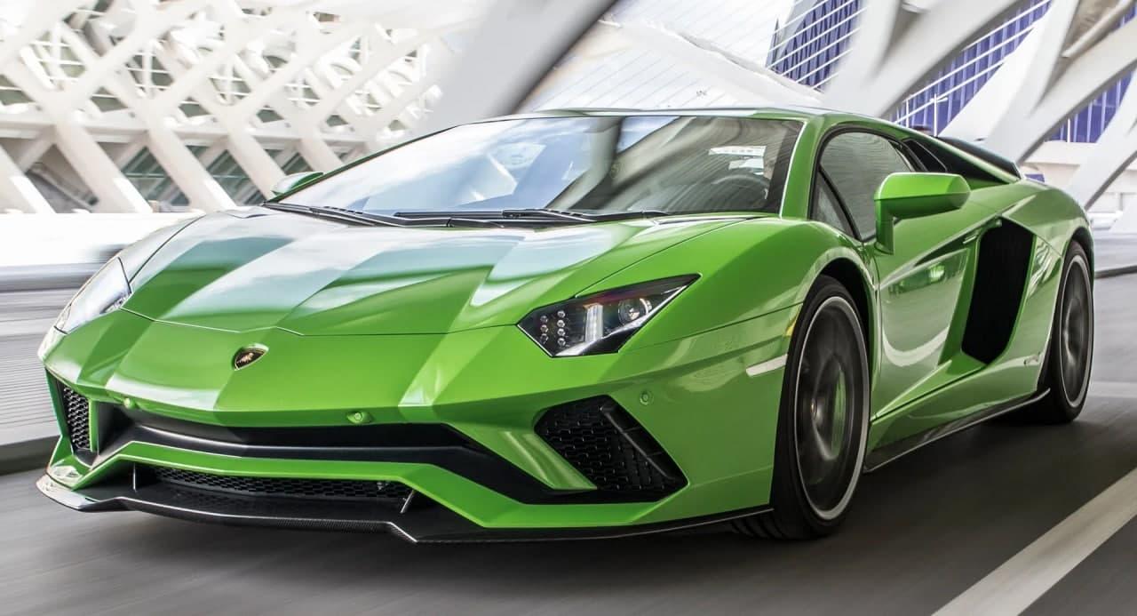 """汽车动态:兰博基尼Aventador继承者将保持自然吸气V12,并添加""""混合动力"""""""
