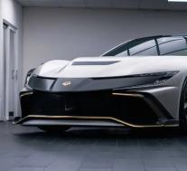 纳兰V8超级双门轿跑车可容纳4人和1,062马力