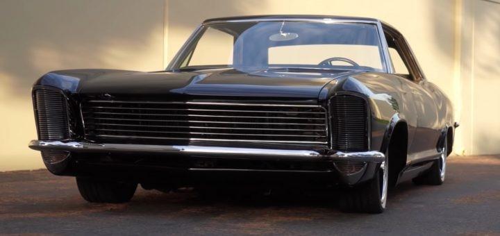 这款1965年别克Riviera各个角度都很酷