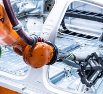 详细了解新型奥迪e-tron GT的组装方式
