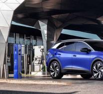 大众和特斯拉都在准备更便宜的电动汽车